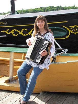 Donna Rhodenizer - Accordion with the Blue Nose, Lunenburg NS